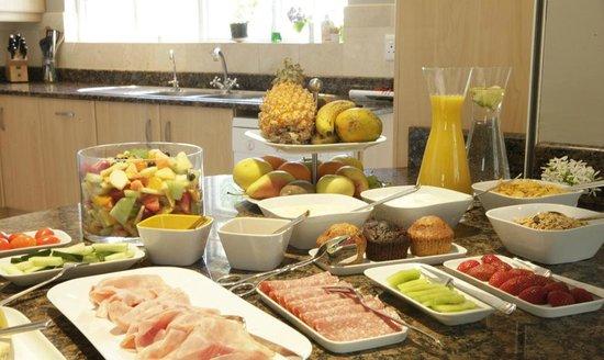 Kidger House Guest House: Gourmet Breakfast