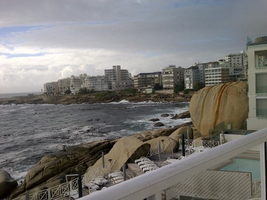 Bantry Bay International Vacation Resort: View from out balcony