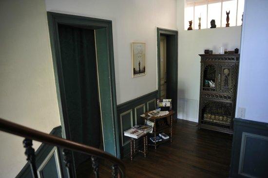 Chambre d'hotes L'Ambroise: Treppenhaus