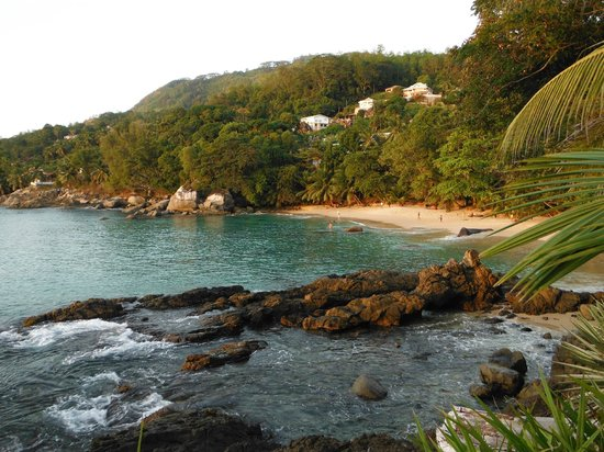 Sunset Beach Hotel: Lovely small almost private beach