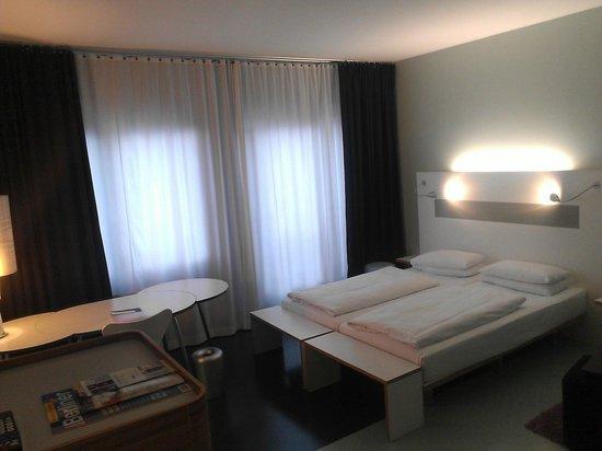 Ku' Damm 101: Bedroom
