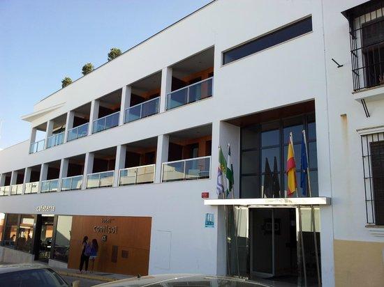 Hotel Conilsol: entrada hotel