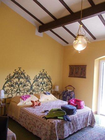 Olivia B&B: una delle stanze da letto (Girasole)