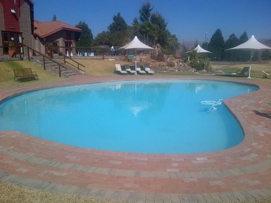 Qwantani Berg and Bush Resort