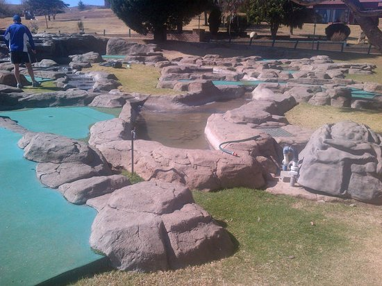 Qwantani Berg and Bush Resort: adventure golf course