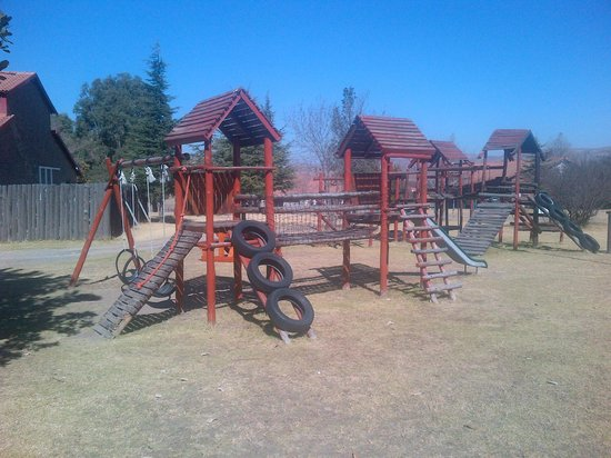 Qwantani Berg and Bush Resort : mini jungle gym