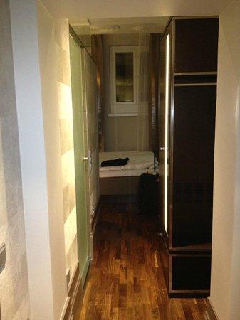 GLO Hotel Kluuvi Helsinki: Very small rooms