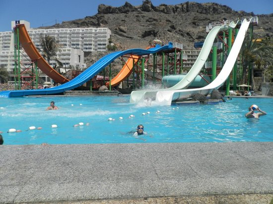 Gran Canaria, Spain: view of the bigger slides from our loungers