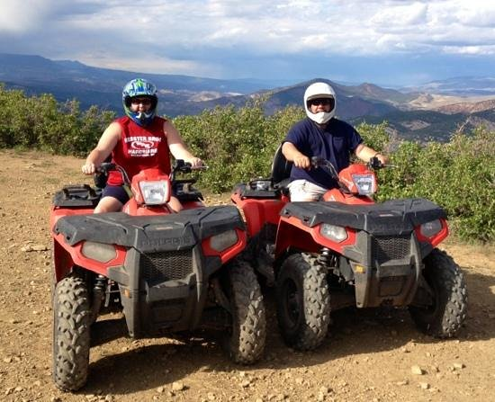Glenwood Adventure Company : on top of the mountain!