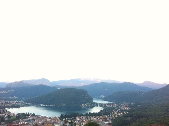 Albergo Ristorante Stampa: vista sul lago di Lugano dalla veranda del ristorante