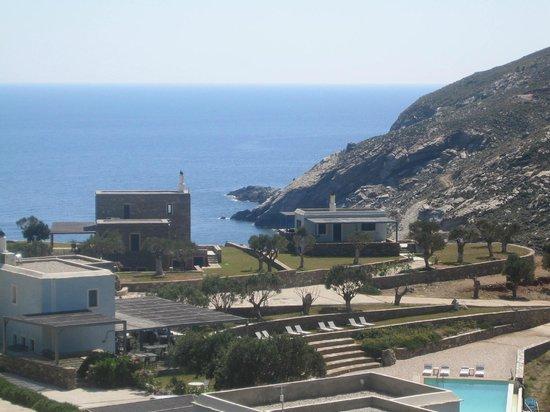 Aegea Blue Cycladic Resort : θεα βιλλες και θαλασσα