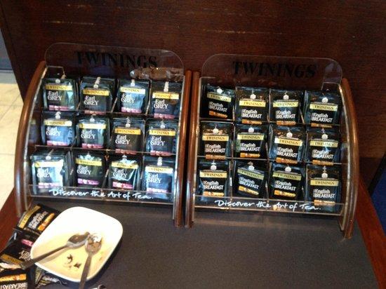 Travelodge Bath Waterside: The tea selection at breakfast