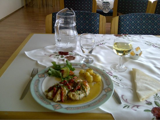 Hotel Nordurljos: Red ocean perch was the dish of the day on August 14