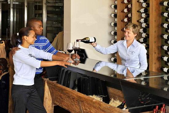 Rickety Bridge Winery: Wine Tasting Centre