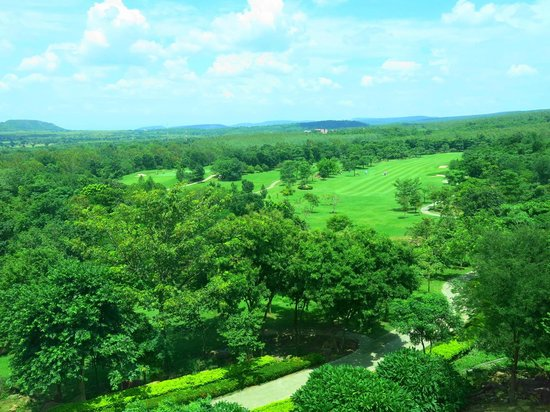 Narai Hill Golf Resort & Country Club