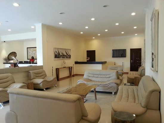 Hotel Oceano: Reception, Lounge and Bar Area