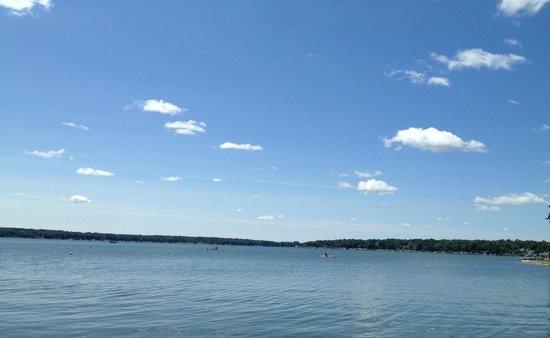 Lake Lawn Resort: View of the lake