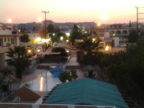 SunnySun Studios: Vista dal balcone