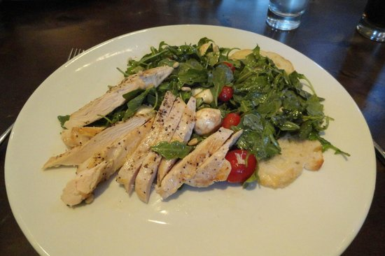 Old Martina's Hall : Salad with chicken, tomato, mozzarella, pine nuts and excellent pommegranate dressing.