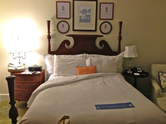 The Carolina Inn: My comfy bed