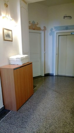 Hotel Louis Leger: il pianerottolo delle stanze