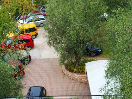 Casa Alessandra: parcheggio