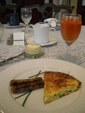 "Isaiah Jones Homestead Bed & Breakfast: Summer vegetable frittata with sausages and Donnie's famous ""combo"" of cranberry and orange juic"
