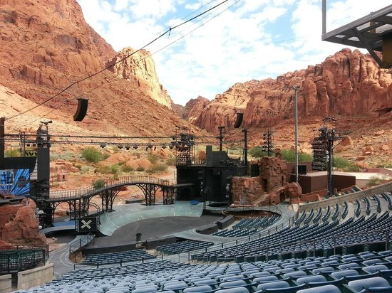 Tuacahn Amphitheatre: Show venue morning before the production.