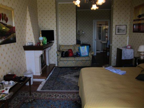 Ristorante Hotel La Luma : stanza col camino
