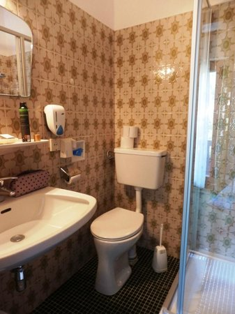 Relax & Wanderhotel Poppengut: Badezimmer