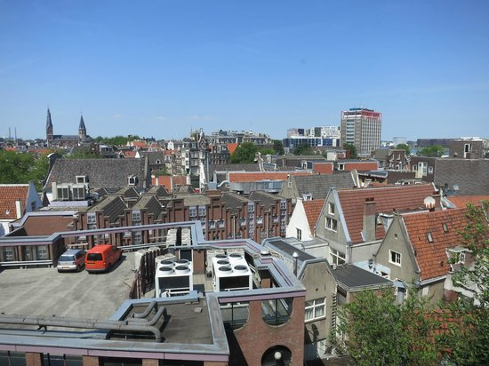 Renaissance Amsterdam Hotel: View outside the room