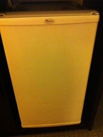 Quality Inn : Refrigerator