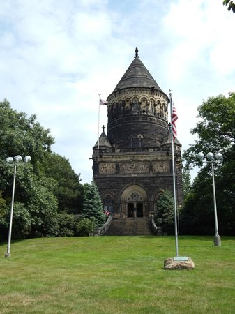 James A. Garfield Monument : Outside of monument