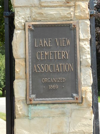 James A. Garfield Monument : Cemetery sign