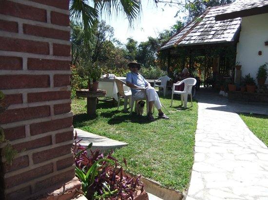 Darang Tea Estate: sit-outs