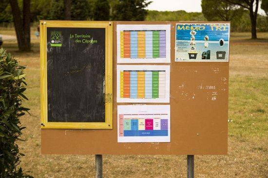 Feriendorf Les Muriers/ Les Muriers : Wechselnder Veranstaltungsplan