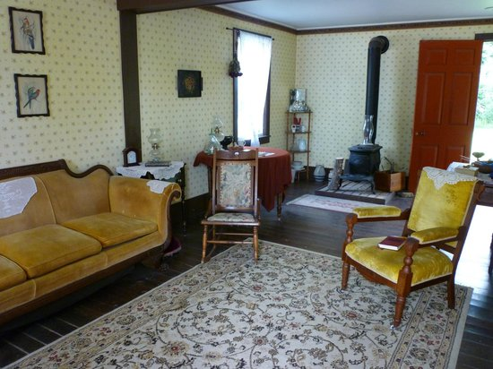 Ohio History Center: Interior of one home
