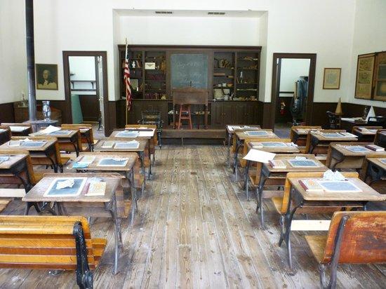 Ohio History Center: School house interior