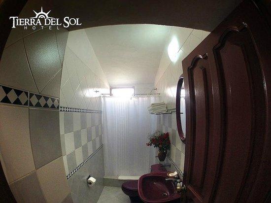 Tierra del Sol Hotel: Baño