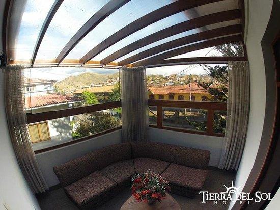 Tierra del Sol Hotel: Sala de la Junior Suite