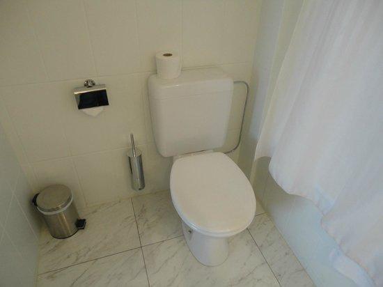 Antwerp City Hotel: toilet mooi schoon