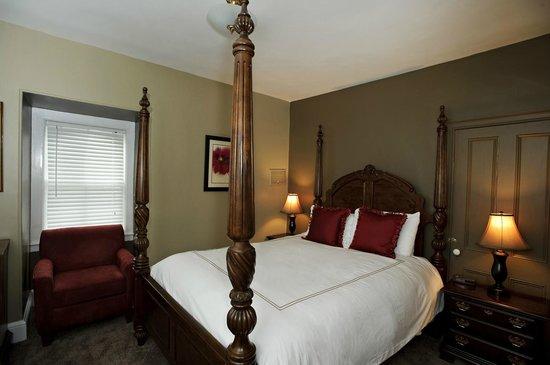 Mansion Inn: Balmoral