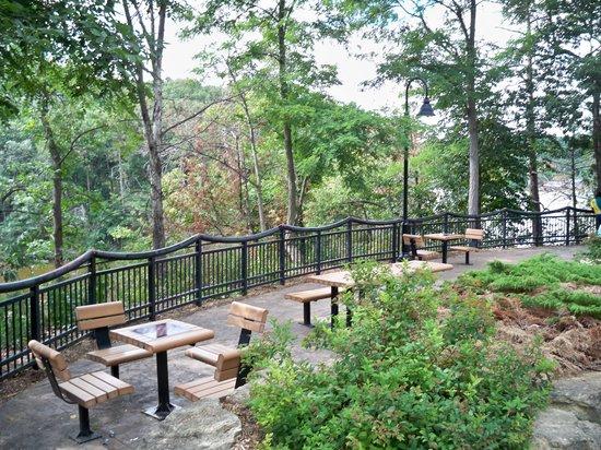 Riverwalk: Tables
