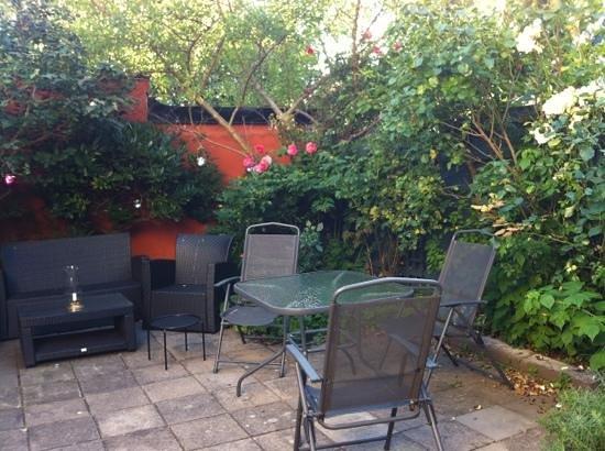Sju sma rum: trädgården