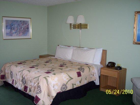 Shermalot Motel: King Room