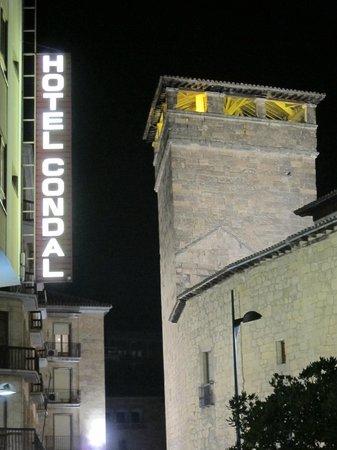 Hotel Condal: entrada del hotel
