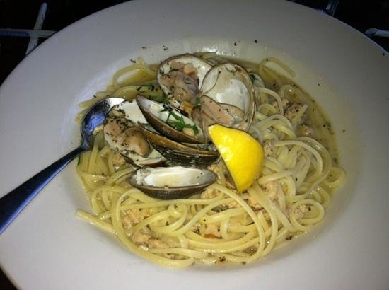 Azure Cafe: pasta dish with clams