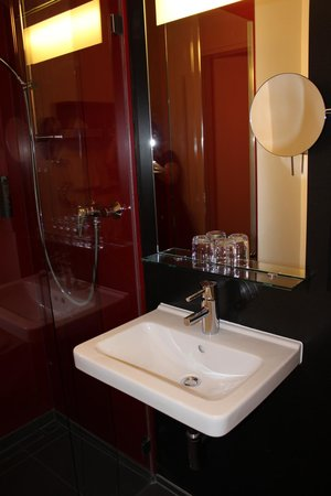 art & business Hotel: Bagno