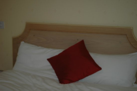 Best Western Reading Calcot Hotel: beds
