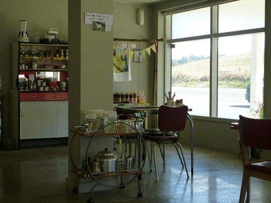 MiHi  Cafe: interior